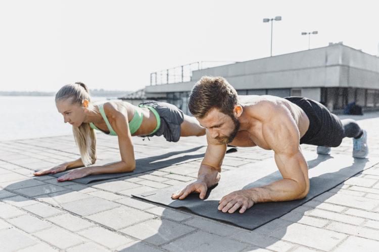 Упражнение, подготовка бег на 100 метров