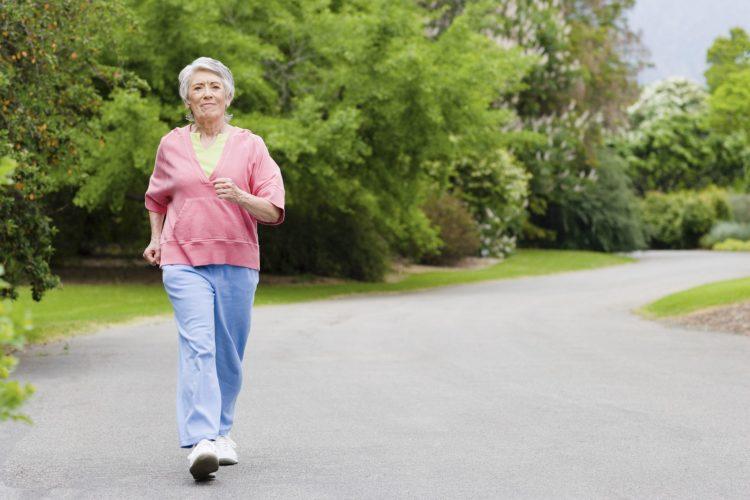 При ходьбе натирает между ног, какие могут быть причины?