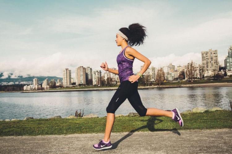 Как надо бегать, чтобы убрать живот?