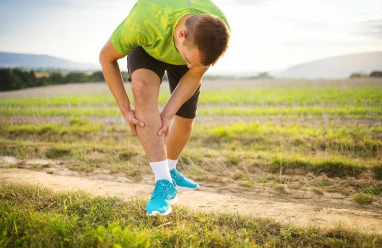 Из-за чего появляется боль в мышцах при ходьбе